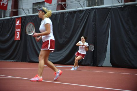 Racking up victories; tennis handles weekend matches