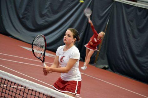 WSU tennis splits home matches