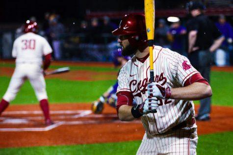Rosen carries WSU baseball over Spartans