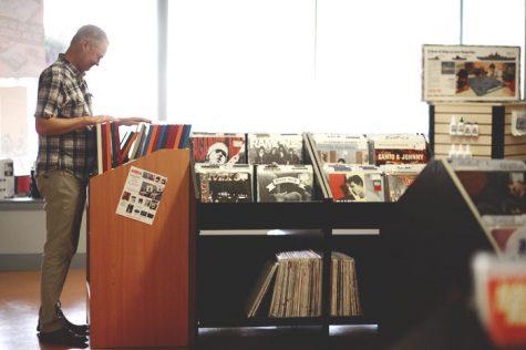 Vintage vinyl store permanently closes its doors