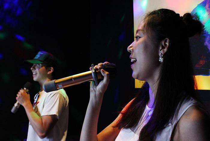 Karaoke bar merges cultures