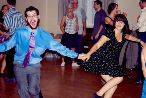 Swing club offers dances, classes, workshops