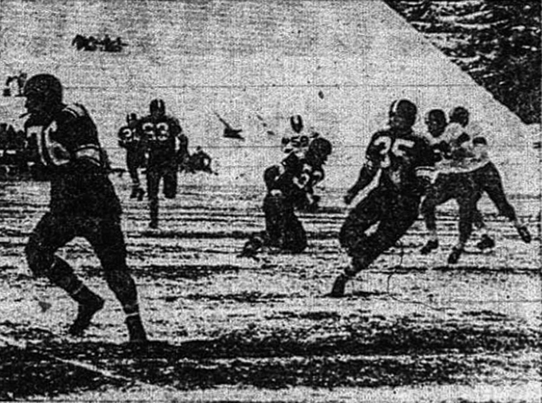 Bill Steiger follows team captain Jerry Brockey down the field against the San Jose Spartans on Nov. 15, 1955.