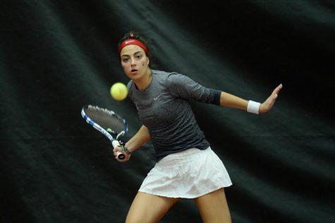 Tennis takes down No. 37 Kansas State