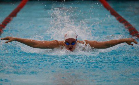 Swim earns season-best in 200-meter relay