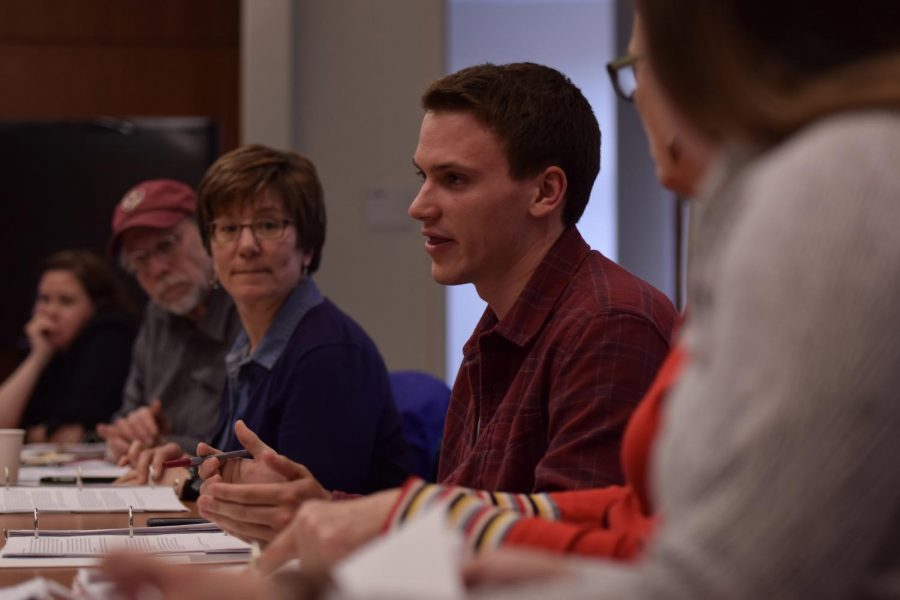 The+WSU+Technology+Fee+Committee+discusses+how+much+to+spend+on+funding+proposals+from+various+university+groups+during+the+meeting+on+Thursday+at+the+Smith+Center+for+Undergraduate+Education.+The+funding+for+the+groups+was+decided+on+by+the+committee%2C+but+the+budget+still+has+yet+to+be+voted+on+by+the+senate%2C+WSU+president+Kirk+Schulz%2C+and+then+finally+by+the+Board+of+Regents+in+early+May+for+the+final+vote.+