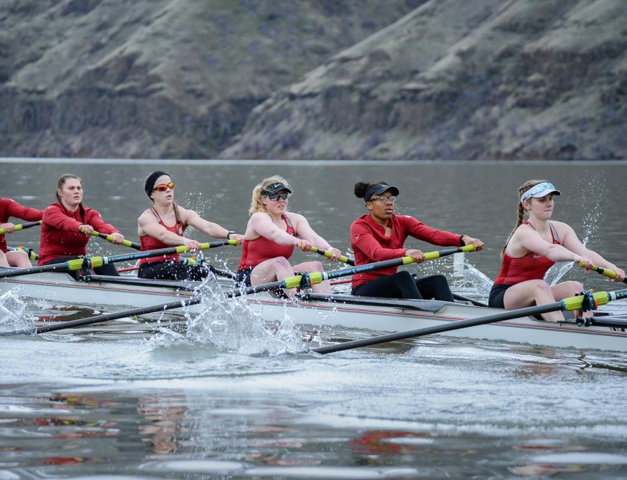 Rowing+finishes+fall+season