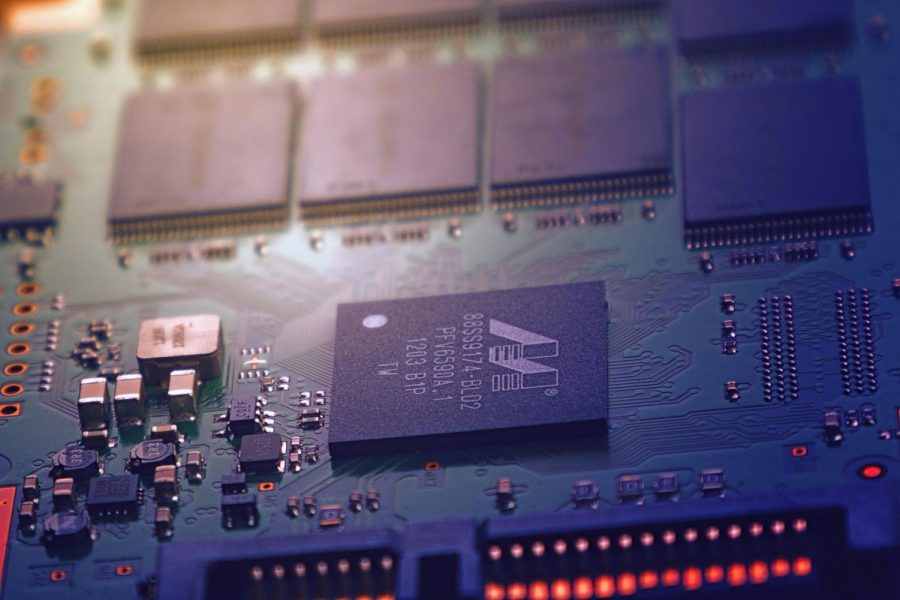 Researchers from WSU's School of Electrical Engineering and Computer Science and Duke University are utilizing 3D chips to develop a new computing framework.