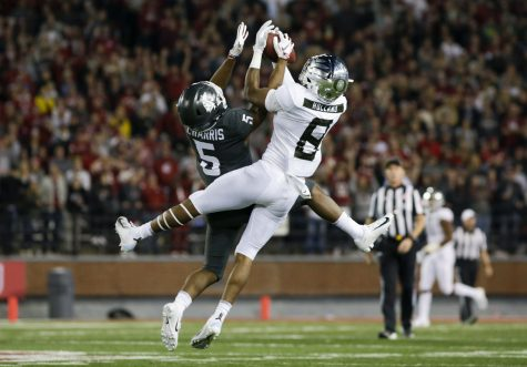 No. 11 Oregon moved up one spot in the Week 11 AP Poll as they prepare to play the Cougs on Saturday.