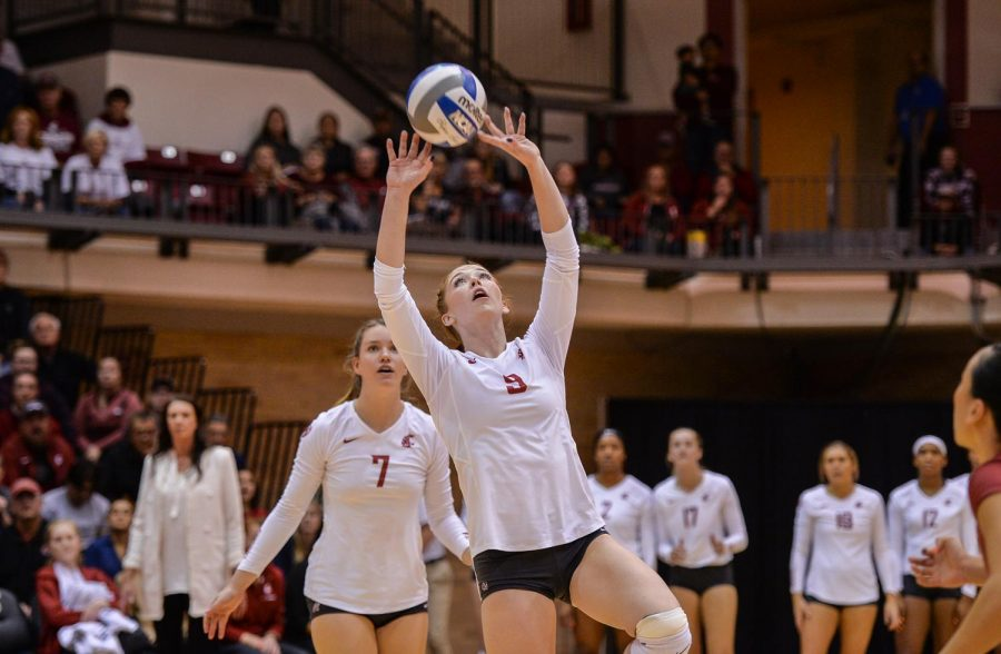 Redshirt freshman setter Hannah Pukis sets the ball during the game against Arizona on Oct. 18, 2019 at Bohler Gym.