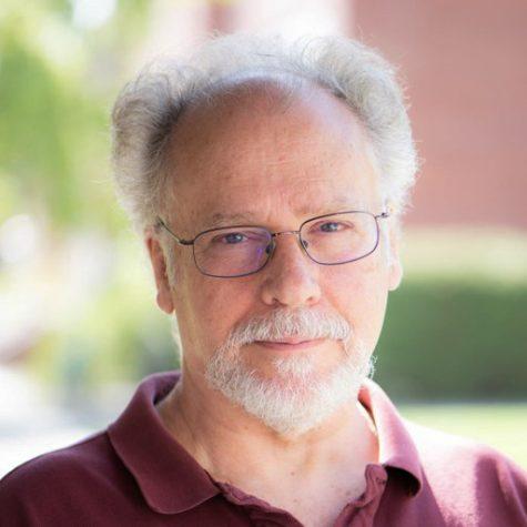 UI professor demystifies Roswell case