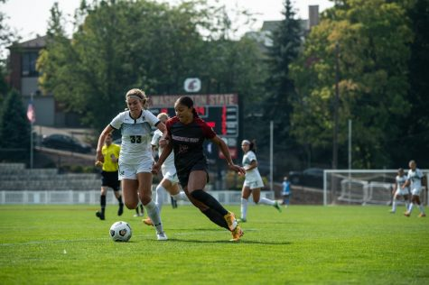 WSU forward Elyse Bennett steals the ball away from Hawaii defender Hallgerður Kristjánsdóttir Sept. 5 at the Lower Soccer Field in Pullman.